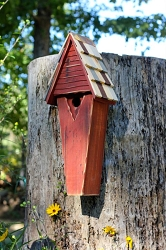 Air Castle Birdhouse Redwood