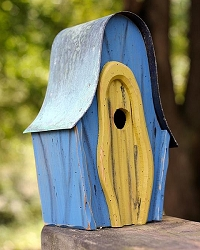 LanceLoft Bird House Blue w/Yellow Door