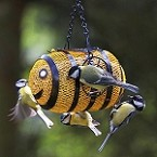 Bumble Bee Wire Mesh Fun Feeder