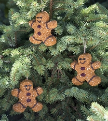 Gingerbread Men Birdseed Ornament Gift Box