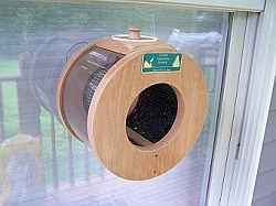 Conservation Port Hole Window Feeder Small
