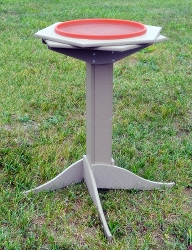 Deluxe Recycled Poly Heated Double Ring Pedestal Bird Bath