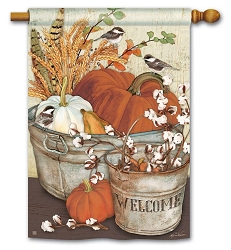 Farmhouse Pumpkins House Flag