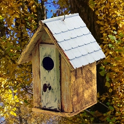 Lock & Key Bird Barn Birdhouse