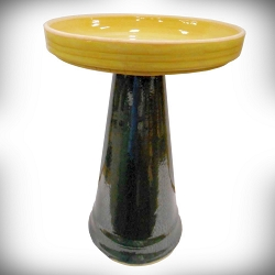 Simple Elegance Stoneware Birdbath Set Green and Gold