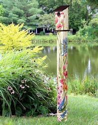 Birdhouse Art Pole 5' Butterfly Dance