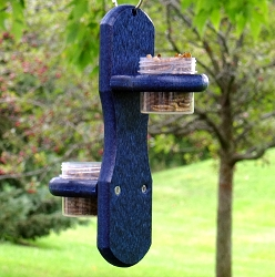 Double Hanging Bug Dots Mealworm Feeder