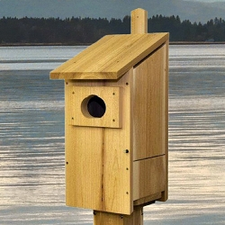 Select Cedar Wood Duck House