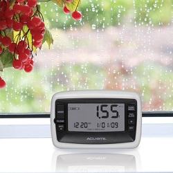 Acu-Rite Digital Rain Gauge w/Wireless Self-Emptying Rain Collector