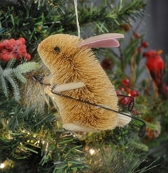 Brushart Rabbit on Skis Ornament