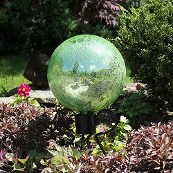Crackle Glass Gazing Globe Light Green 12