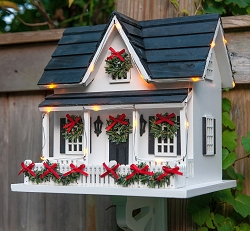 Holiday House Birdhouse