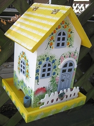 Hatchling Series Flower Cottage Bird Feeder Yellow