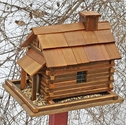 Valley Forge Natural Cedar Bird Feeder