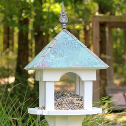 Skybox Cafe Bird Feeder
