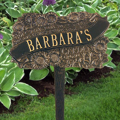 TLC Personalized Garden Plaque in Black/Gold