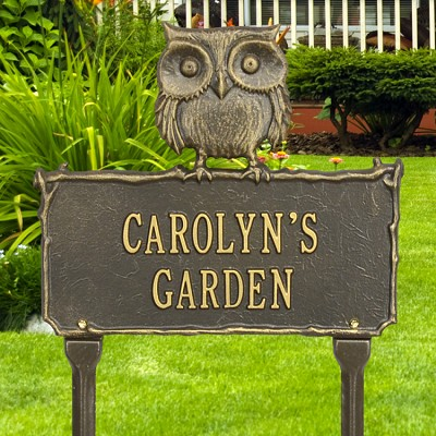 Owl Personalized Garden Plaque with two lines of text in Bronze/Gold