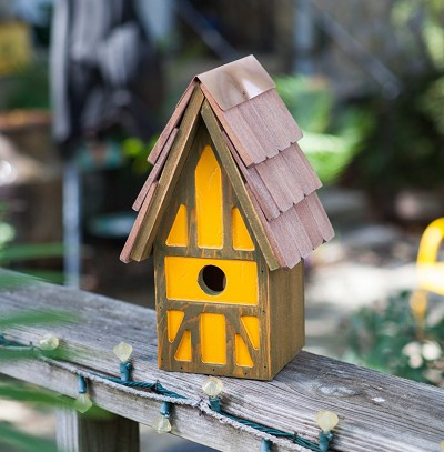 Twee Tudor Birdhouse Green/Orange
