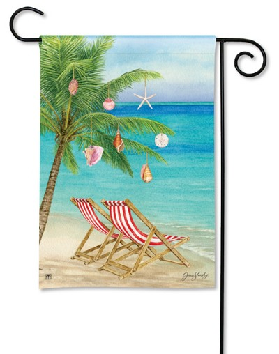 Beachy Christmas Garden Flag
