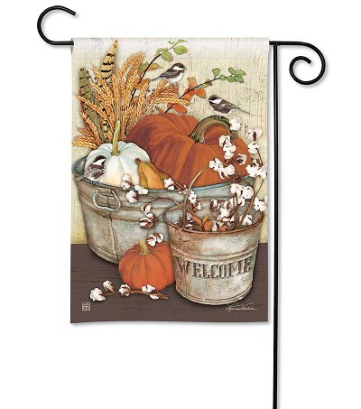 Farmhouse Pumpkins Garden Flag