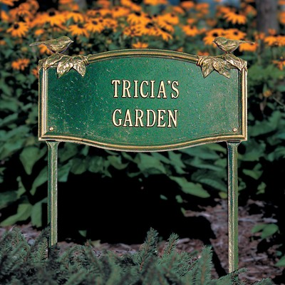 Vine/Chickadee Personalized Garden Plaque with two lines of text in Green/Gold