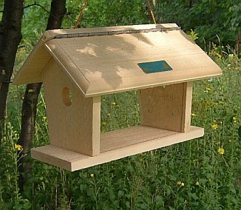 Conservation Deluxe Bluebird Feeder