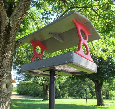 Recycled Plastic Fly-Through Bird Feeder Large Red/Gray