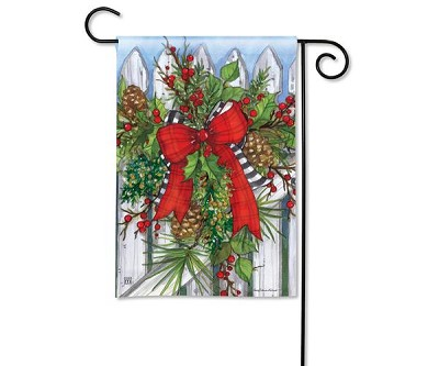 Holiday Garland Garden Flag